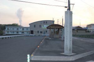 バイパス脇の東屋&道しるべ(2016.4)