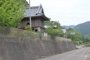 観音道終点の和泉寺(2019.5.5)