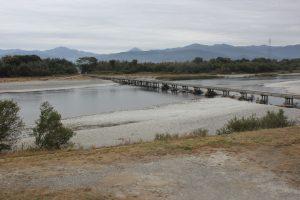 吉野川南岸の潜水橋(2019.11)